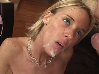 Exciting mom i´d like to fuck's chubbies gash ate out and deeply shagged from behind