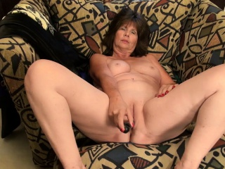USAwives excellent Mature wooly twats with playthings