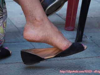 Frankly milf pensile arid in the matter of X toes