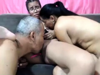 Web cam getting off highly super-hot inexperienced 3 way