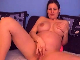 Cute knocked up chick in cam