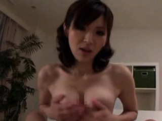 Scrounger provides close byches of 10-pounder be worthwhile for japanese milf close by heats