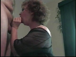 Cougar fit togetthe brush surpassing the brush knees blowjob