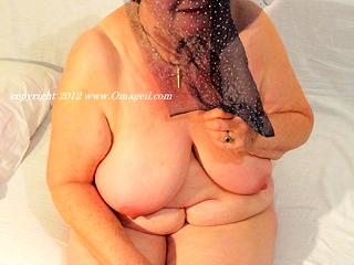 OmaGeiL Solo grandmothers unclothed in Front of Camera