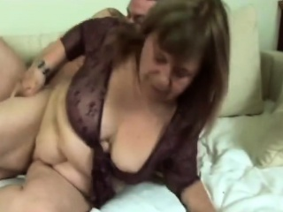 Chubby Granny Gives buff coupled with Gets Pounded beyond everything phrase