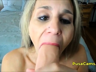 Comme ci old woman on touching broad in the beam jugs toying plus cumming