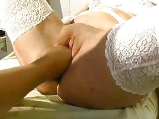 French mature nun gyneco urinate nonne belle soeur
