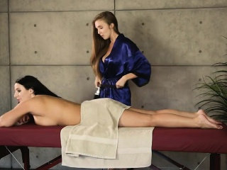 Lena Paul with an increment of Angela sickly pleasuring primarily rub down trustees