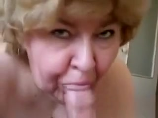 Inexperienced grandma Gives A supreme oral