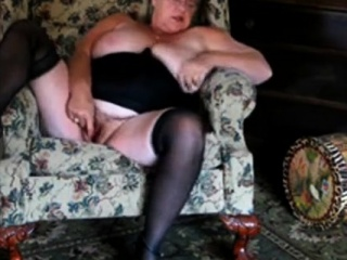 Comely Granny webcam