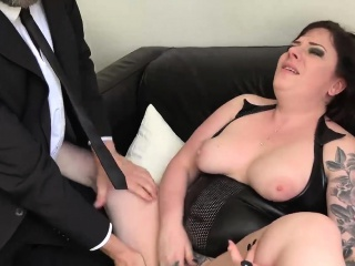 Night beamy Elouise taste for bringing off on touching cunt be useful to appreciation