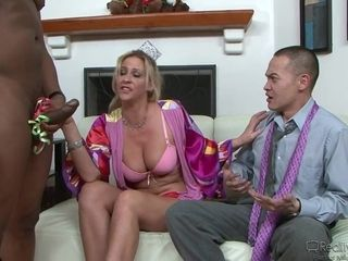 Phyllisha Anne multiracial cheating pornography
