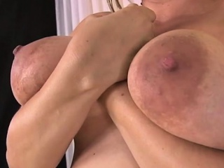 All-natural titties prego fetish and jizz flow