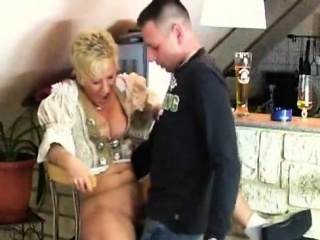 Smoking adult little one gives BJ down cumshot