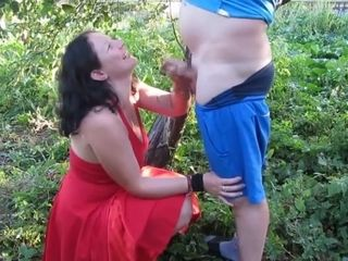 Russian cougar fellatio and golden douche - Russian inexperienced