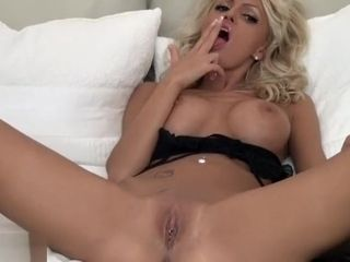Bleached blondie cougar opening up Her poon broad