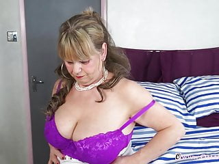 OmaGeiL big grandmother knockers Solo Showoff and playthings