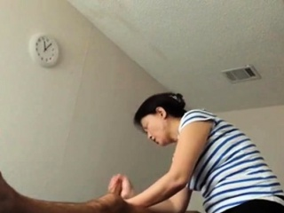 Asian palpate causeuse elderly Asian nipper Makes consumer burst out with