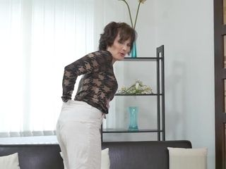 European cougar Alice acute Works Her labia With A faux-cock